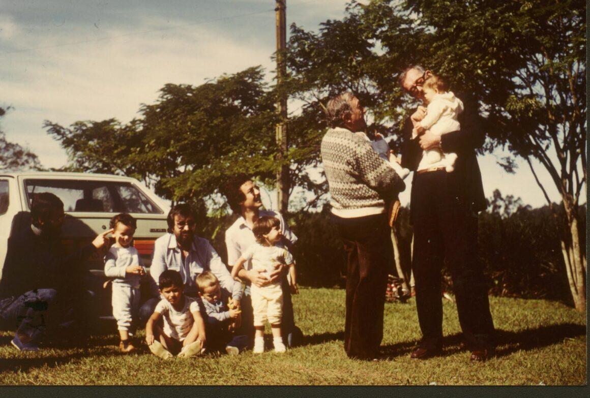 1982, Famiglia