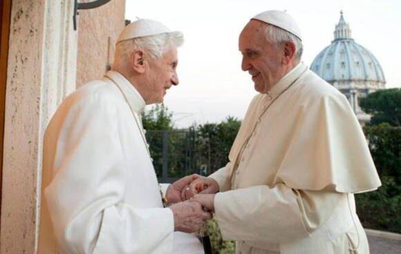 Le lettere inviate a Papa Francesco e Benedetto